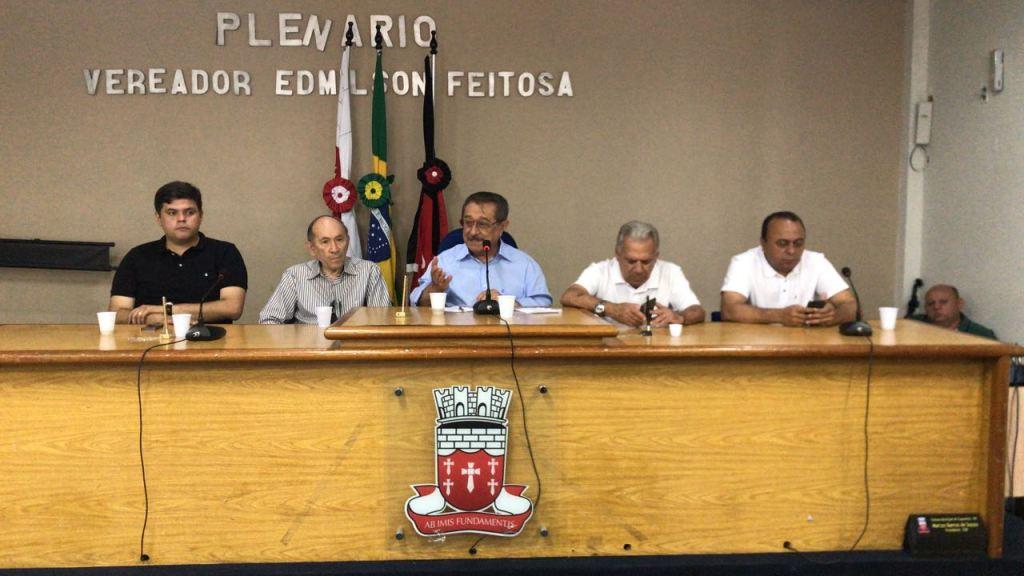 LIGAS - Maranhão quer esposa de Romero como sua vice, mas também flerta com o PR de Wellington Roberto