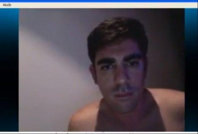 Vídeo de Marcelo Adnet se masturbando cai na internet – VEJA VÍDEO