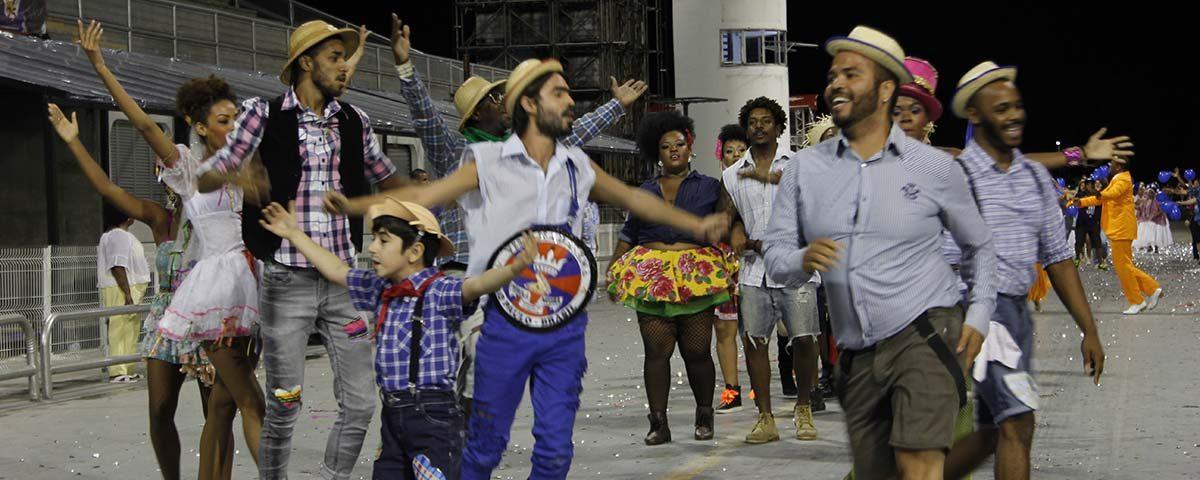 Escola de samba paulista exalta São João de Campina Grande no Carnaval