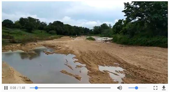 RIO PIANCÓ - VEJA VÍDEOS: Chegada da água no Rio Piancó alegra população de Itaporanga