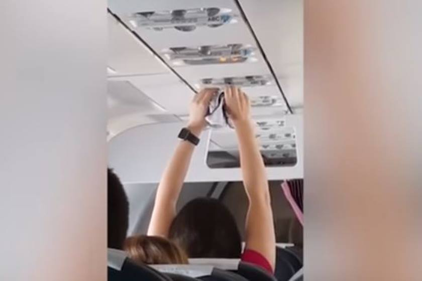 calcinha - VEJA VÍDEO: Passageira é filmada secando a calcinha no ar-condicionado do avião