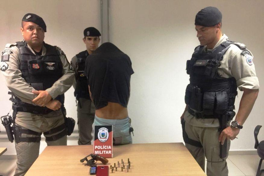 Motorista de Uber é preso ao ser flagrado portando arma ilegal