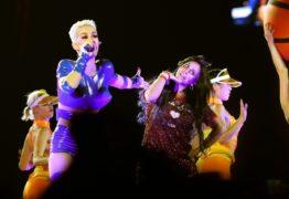 VEJA VÍDEO: Gretchen ensina rebolado a Katy Perry em apresentação em São Paulo