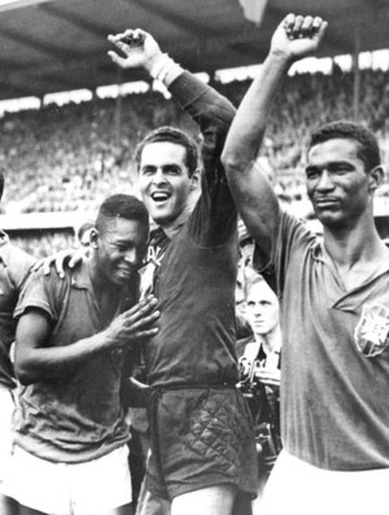 1958 pele gilmar didi brasil ap - Veto médico impede ida de Pelé a Brasil x Rússia para receber homenagem