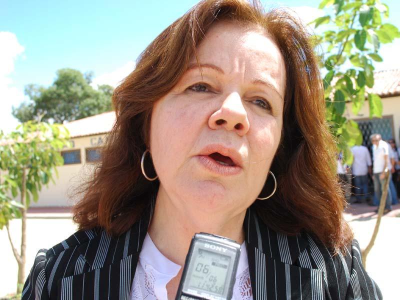 Cozete Barbosa - Com 'intoxicação exógena', ex-prefeita Cozete Barbosa é internada em hospital de Campina Grande