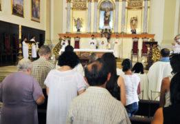 Via-sacra e eventos religiosos marcam a Sexta da Paixão na PB
