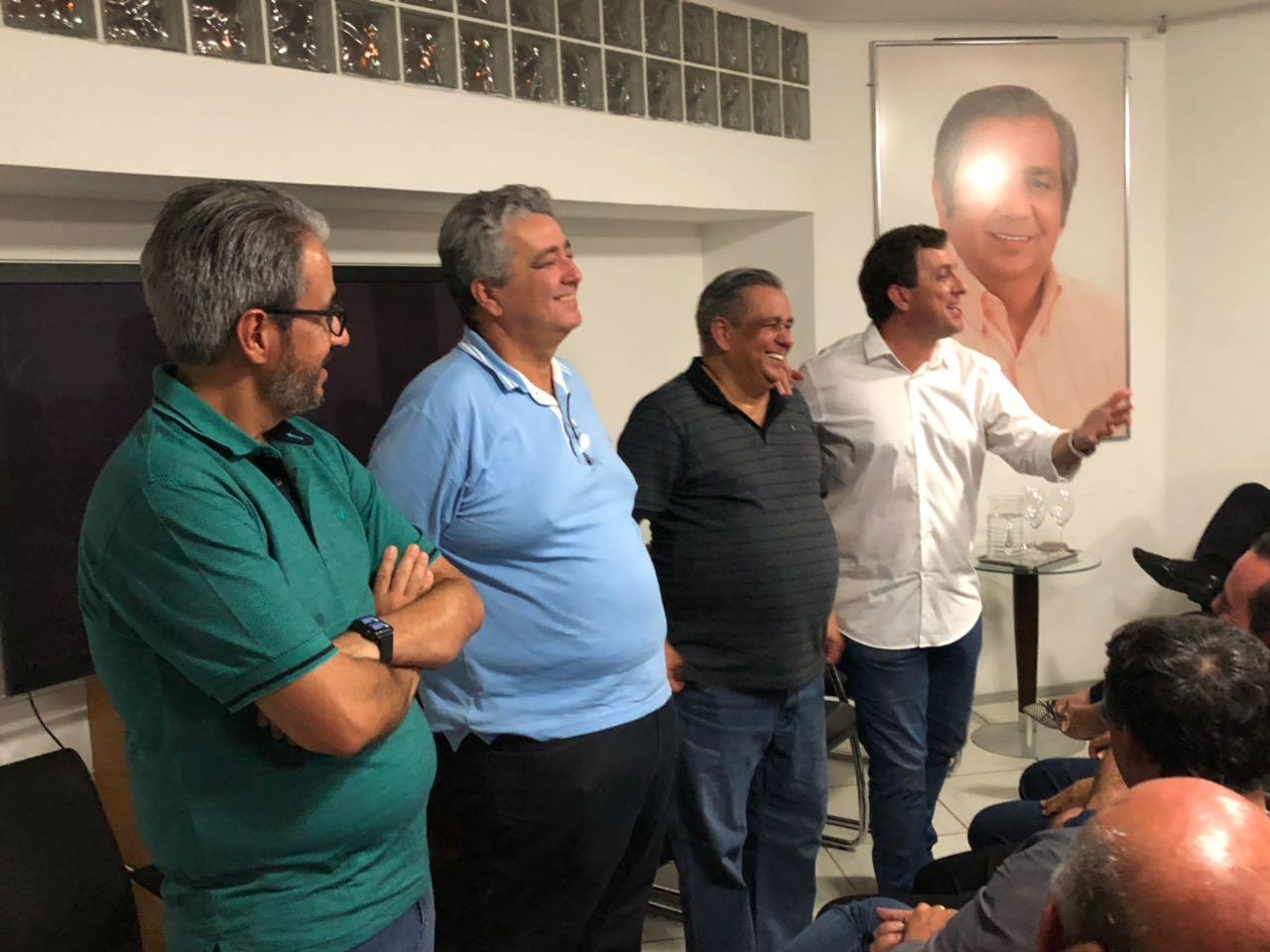 WhatsApp Image 2018 03 05 at 22.19.58 1 - Gervásio Maia Filho recebe apoio de Edmilson Soares para a Câmara Federal