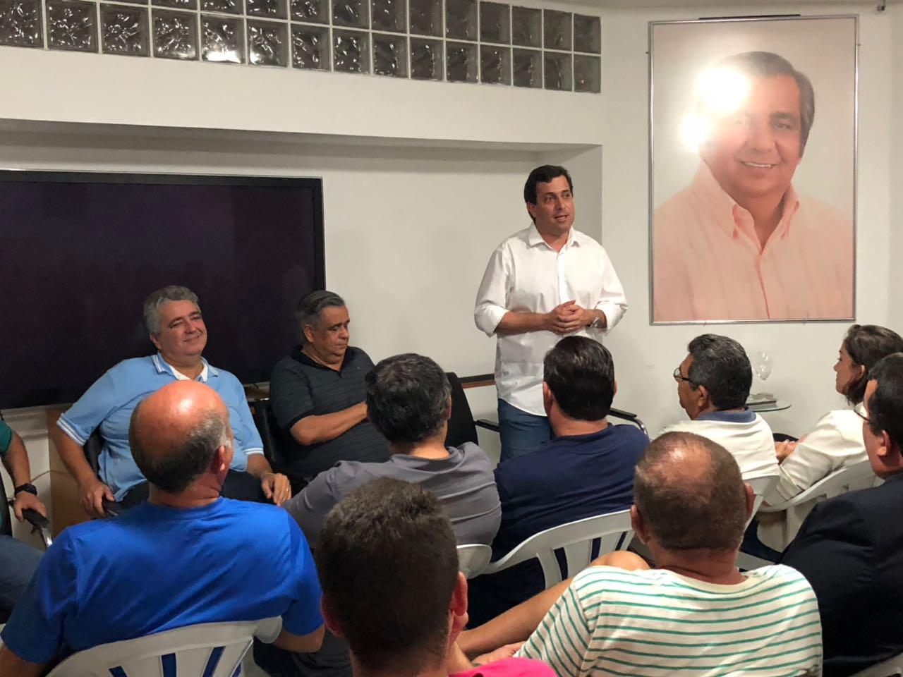 WhatsApp Image 2018 03 05 at 22.19.58 - Gervásio Maia Filho recebe apoio de Edmilson Soares para a Câmara Federal