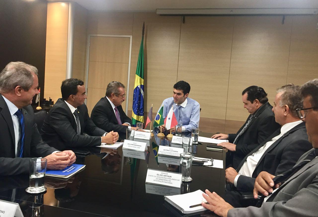 WhatsApp Image 2018 03 06 at 22.40.07 2 - BRASÍLIA: José Maranhão busca recursos hídricos no Ministério da Integração Nacional