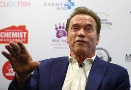 Arnold Schwarznegger deixa hospital duas semanas após realizar cirurgia de emergência