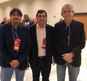 d99387fb f64b 446a 89d7 76f7cb1535a2 300x280 - Ao lado de Ricardo Gervásio participa de Congresso Nacional do PSB, em Brasília
