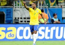 Douglas Costa fala sobre a dificuldade de ser o substituto de Neymar: 'Não será fácil'