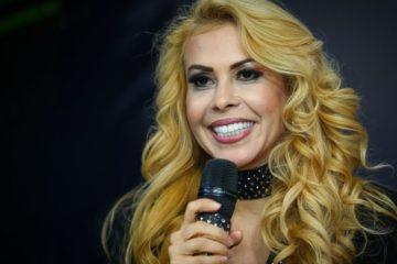 joelma e1509052391241 360x240 - Joelma é criticada por produtora após ataque de estrelismo em show