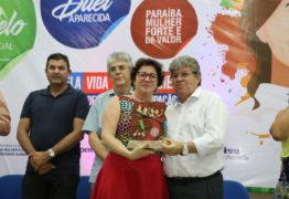 Prefeita Márcia Lucena recebe prêmio Ceci Melo por atuação pela sociedade