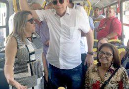 Governador prestigia entrega de novos ônibus em Bayeux