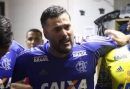 Julio Cesar chora na preleção em reestreia no Flamengo: 'Pedi para estar aqui'; vídeo