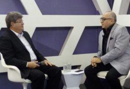 João Azevêdo alfineta adversários: 'Política não pode ser uma atividade de pai para filho'