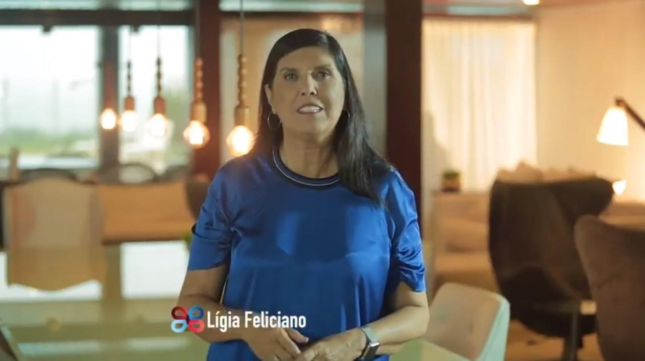 """EM CLIMA DE CAMPANHA, LÍGIA MANDA RECADO PARA RICARDO NA TV: """"Alguém leal assim todo mundo quer"""""""
