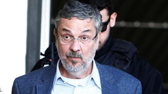 antonio palocci pt rodolfo buhrer reuters - STF adia decisão sobre habeas corpus de Palocci