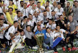Carille diz que Corinthians não deu volta olímpica por respeito