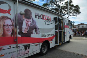 Procon móvel atende consumidores no bairro de Mangabeira nesta sexta-feira