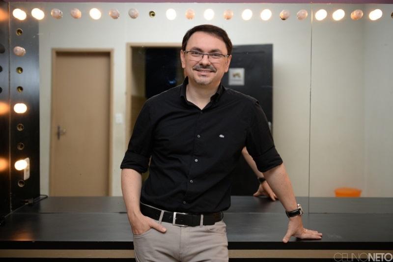 PMJP discute família e educação em palestra com psicólogo Rossandro Klinjey