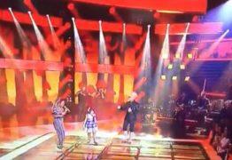 THE VOICE KIDS: Mariah Yohanna encanta cantando 'Ainda Lembro' com Carlinhos Brown