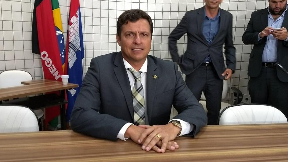 VEJA VÍDEO: As disputas que movimentam a política paraibana – Por Gutemberg Cardoso