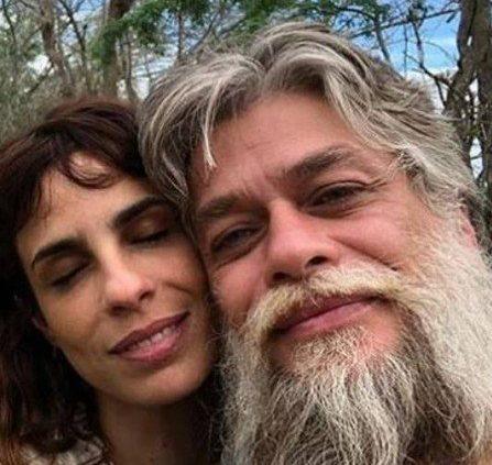 Fábio Assunção e Maria Ribeiro vivem lua de mel no sertão da Paraíba