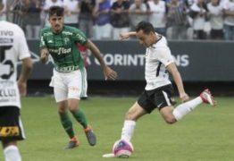 Corinthians vence jogo e aumenta vantagem sobre o Palmeiras