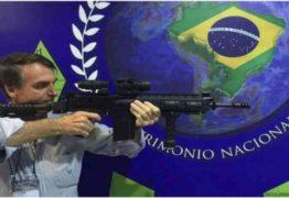 Bolsonaro: 'vou continuar atirando, mas agora com silenciador'