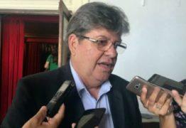 """João taxa Cássio de """"Aécio da Paraíba"""" e lembra atuação do tucano no 'golpe' a Dilma; ouça"""
