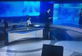 Bonner imita telespectador no JN: 'Tenha vergonha na cara seu político safado'; VEJA VÍDEO