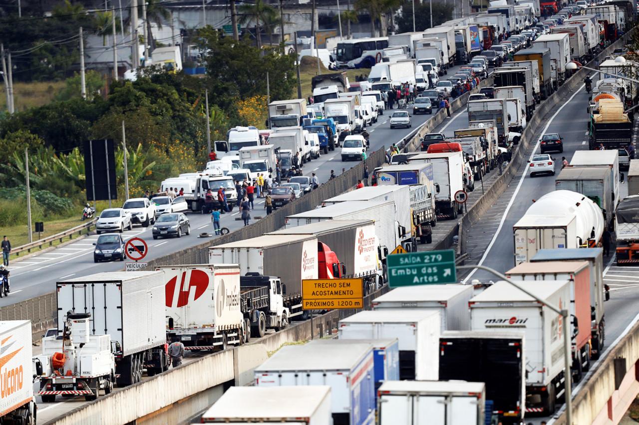 brasil greve caminhoneiros 20180525 0036 copy - Multas cobradas de transportadoras já passam de R$ 840 milhões