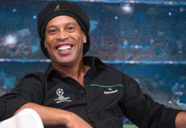 Ronaldinho vai se casar com duas mulheres; festa terá show de Vercillo