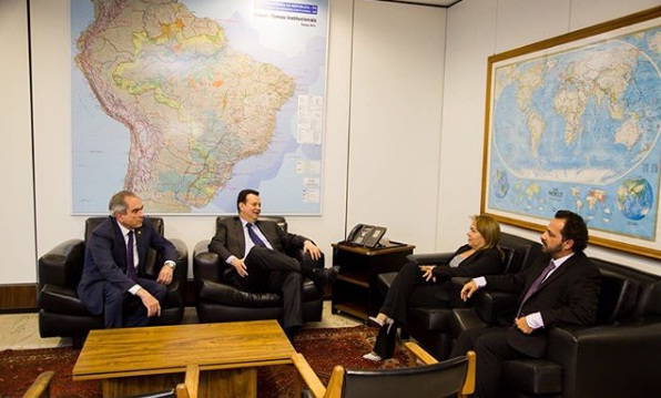 raimundo eva e kassab - Kassab recebe Eva Gouveia e ratifica ex-deputada como presidente do PSD