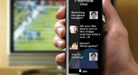 redes sociais vendo tv 470x256 - Pesquisa diz que 95% dos internautas navegam na web enquanto veem TV