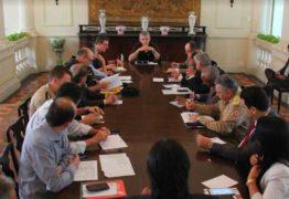 Ricardo Coutinho cria Comitê de Abastecimento e diz que a prioridade é salvar vidas
