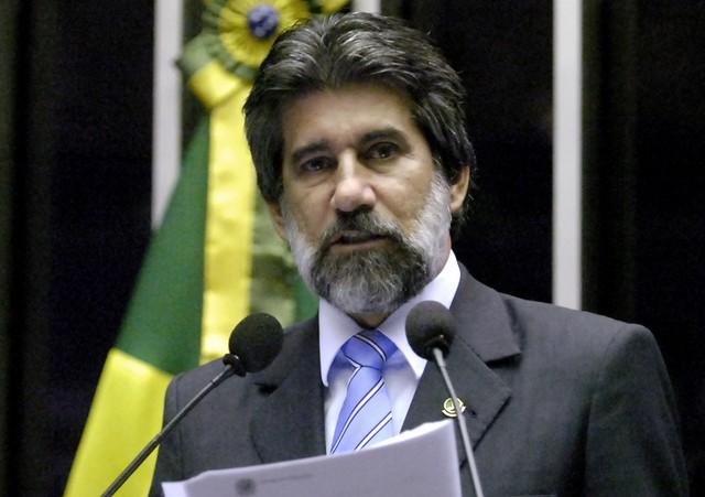valdirraupp - MAIS UM: Fachin manda arquivar inquérito contra senador do MBD Valdir Raupp