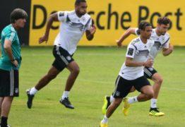 Técnico da seleção alemã proíbe sexo e redes sociais durante a Copa do Mundo