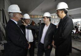 Gervásio apresenta reforma da nova ALPB ao presidente da Unale