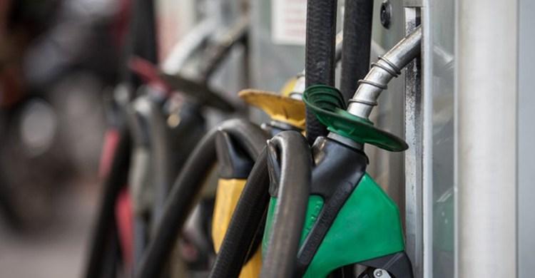 Gasolina 2 - Preço da gasolina nas refinarias é o menor em quase dois meses