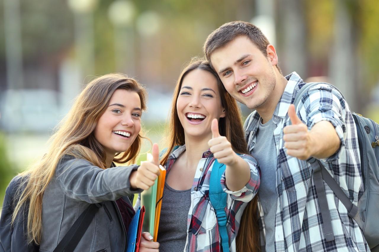 Estudante pode ter bolsa de estudo de até 70% em vestibular do meio do ano