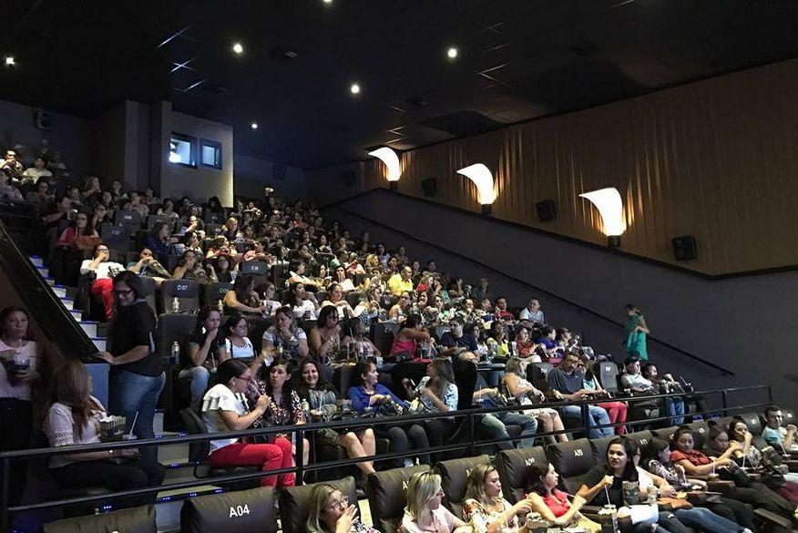 LEI DO CONSUMIDOR: Cinemas não podem barrar entrada de pessoas com alimentos
