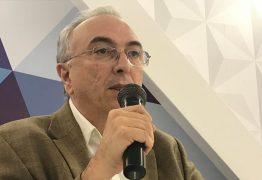 PENDURANDO AS CHUTEIRAS: Nonato Bandeira avisa que está deixando carreira política para se dedicar ao jornalismo