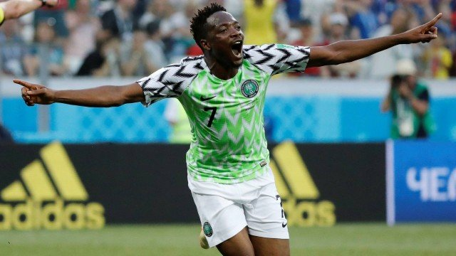 xsoccer worldcup nga ice .jpg.pagespeed.ic .8M4hh8KGZE - Musa marca duas vezes e inspira a Nigéria a vencer a Islândia por 2 a 0 na Copa