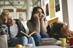 Imagem Índice de troca ou abandono de curso em faculdades equivale à metade dos ingressantes 300x200 - Índice de troca ou abandono de curso em faculdades equivale à metade dos ingressantes