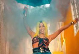 """VEJA VÍDEO: Anitta coloca crianças para dançar ao redor do mundo no clipe de """"Medicina"""""""