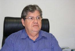 João Azevedo admite apoiar outro candidato se candidatura de Lula for impugnada