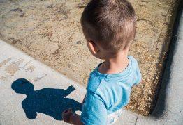 Pai é suspeito de estuprar filho de 3 anos